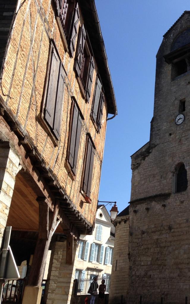 Eglise Sainte Croix Et Maison Mediévale Oloron Sainte Marie (©othb) Di