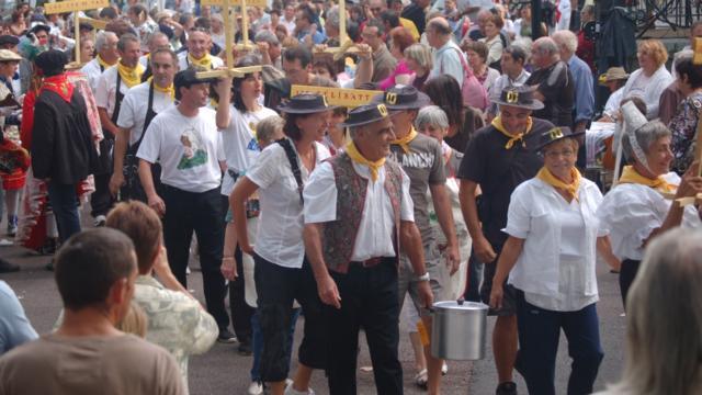 La Garburade Défilé Des Marmites