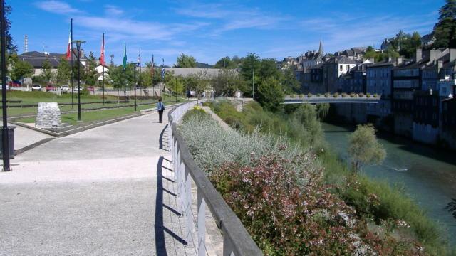 Promenade au Parc Bourdeu, le long du gave