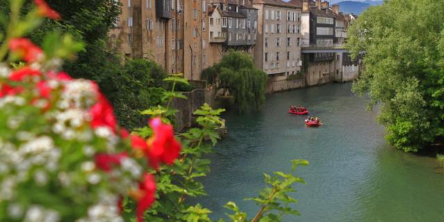 Rafting sur le gave d'Aspe à Oloron Sainte-Marie